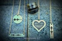 """Soundwave Jewelry / Jewelry created from sound! Say """"I Love You"""" or even your wedding vows. How about the sound of your baby's heartbeat? The options really are endless. Soundwave jewelry takes custom jewelry to the next level."""