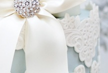 {wedding cake}