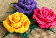 Crochet/knittet flowers