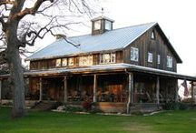 Barns that Make a Gal Want to Go Country