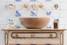 Style ~~ Delft Beauty / Delft tiles in bathrooms, kitchens and homes around the world.