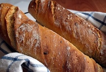 CHLIEB & BAGETY - BREAD & BAGUETTES / ... recipes in the Slovak and Czech language ...