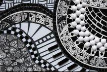 Mosaic Madness / Ideas for garden pots