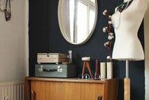 Bedroom with mid-century / vintage twist