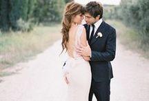 weddings ideas for couples. / fun wedding photography inspiration.