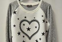Bluzy Damskie / Gdzie hurtowo kupić bluzy damskie, bluza damska, hurt, hurtownia
