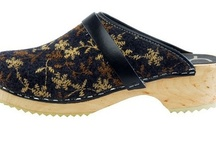Wooly / Warm your toes in our unique collection of wooly style clogs.