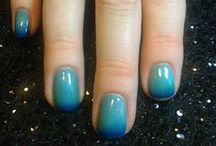 Gel II Reaction / Soak off gel that reacts to your body temperature! Color changing polish
