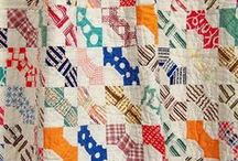 comfy cozy quilts / Quilts you can curl up to on a winter night, or a rainy afternoon!