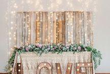 Ideas Decoración Bodas / Brillos dorados, luces, brillantes y flores. Inspiración para una novia clásica, joven, moderna, natural..