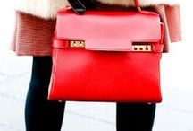 Accessorize / The best accessories to enhance any outfit