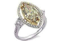 Diamantringe / In dieser Kategorie sehen Sie Diamanten gefasst in Weiß- und Gelbgold.  Derzeit finden Sie hier Diamantringe mit weißen Diamanten, schwarzen Diamanten, blauen Diamanten, gelben Diamanten und Pink Diamanten. Alle diese Diamantringe können Sie auch in unserem Shop unter www.juwelierhausabt.de/de/Diamantringe , www.pearlgem.de oder unter www.diamantring.be sehen und erwerben.