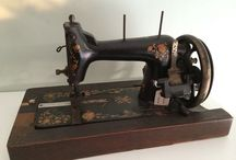 Sewing world!! / All things related to sewing world. / by Maria Inês Fiorani Faccin