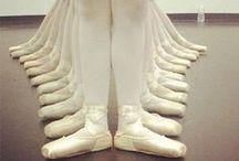 """Danse... danse... dansez maintenant ! / La danse, c'est 15 ans de ma vie... Noureev, Béjart, Donn, mes idoles ! Mais aussi, Vassiliev et Maximova... Margot Fonteyn, Noëlla Pontois, Barychnikov..... Plus tard, il y a eu """"un petit jeune""""... Patrick Dupond ! / by Isabelle LN"""