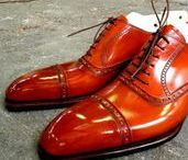 Shoes - Men / NOTE: i only pin items that i would wear myself  :-) #mensfashion #vintage #style #shoes #fashion #fashionista #menswear #mensstyle #lovethislook #outfit #outfitinspiration #win #shoeporn #classic #boots #leather