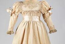1890-luvun tyttöjen vaatteita