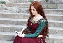 LARP edle Damen / Ideen und Inspiration für Gewandung und Ausrüstung um edle Damen / Adelige im Live Rollenspiel (LARP) zu spielen