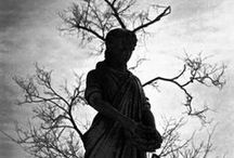 Gothique / Everything related to gothic,art,photography,mysticism.