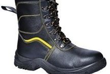 Safety Footwear / Safety shoes, boots, trainers & wellies.