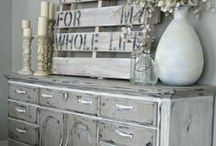 WOOD-Weathered & Distressed Finishes & Paints