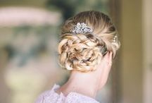 Bridal Hairdo & Make Up 2015 / Country & Romantic Bride: 2014 Wedding Hairstyle Trend: Braids - Go for ideas and see our fresh and sophsticated braid hairstyle! www.supertuscanweddingplanners.com