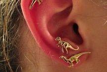 Ooooh! Shiny! / Cutesy, happy, awesome accessories
