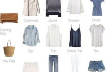 Minimal Capsule Wardrobe / capsule wardrobe outfit ideas for a minimal simple style.
