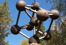 ATOMIUM- miniature replicas around the world / OFTEN COPIED BUT NEVER AN EXACT MATCH. As far as we know, there are currently 5 miniature replicas of the Atomium, all located in Europe. Are you aware of any others? If so, send us an e-mail to me@atomium.