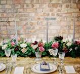 Wedding Table Centrepieces and Floral Arrangements. / Wedding flowers and floral inspiration for your wedding, including table centres, urns, flowers for wedding ceremony and wedding reception flowers.