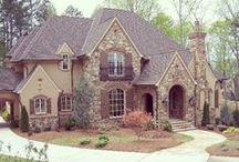 Dream House&& Ideas / by Brittany Myricks