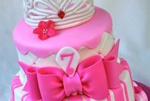 Girly Cakes & Cupcakes / Sugar and spice and everything nice. Girly cake ideas and cupcake ideas for little girls and big ones too! / by Mommy Mafia