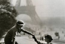 Paris is for Lovers / The city of lights in history, film, architecture and personal memory--from those who love it.