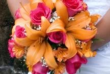 Wedding Bouquets Sunshine Orange & Yellow / by Kaitlin Kozlowski