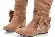 Accessories: Boots