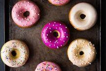La gourmandise n'est pas un vilain défaut ... / Cupcakes,chocolat, nappage, glace,  ...
