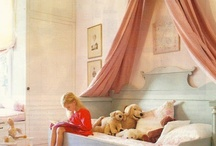 Kids' Rooms / by Amy Suardi (Frugal Mama)