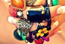 Jewelry and other accesories / by The Liz Diaries