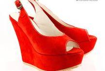 Otoño/Invierno 2012 Mujeres / Mirá estos calzados y muchos más en nuestra tienda online:  https://calzadosbatistella.com.ar/shop ¡Te esperamos! =D / by Calzados Batistella