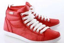 Primavera/Verano 2013 Hombres / Mirá estos calzados y muchos más en nuestra tienda online: https://calzadosbatistella.com.ar/shop ¡Te esperamos! =D / by Calzados Batistella