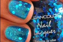 Nails / by Jen James