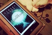 The Mainframe - Book 2 / Photos from my awesome readers!  To purchase: http://www.amazon.com/dp/B00PULTZZU
