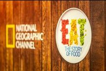 EAT: The Story of Food   Food Event (Athens) / Η εκπομπή του National Geographic Channel «EAT: The Story of Food» αποτέλεσε πηγή έμπνευσης για ένα μοναδικό γαστρονομικό ταξίδι, στην ιστορία του φαγητού!  Υπό την καθοδήγηση του διεθνώς αναγνωρισμένου chef Χριστόφορου Πέσκια,γνωστού για το πάθος του με τη μαγειρική,έγινε η έναρξη του live cooking session με τη συμμετοχή 6 διάσημων food bloggers.   Το National Geographic Channel είναι διαθέσιμο στην Ελλάδα μέσω Nova, OTE TV, hol και Cyta Hellas.