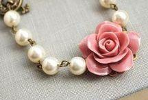 Bijoux / bijoux à faire ou à admirer. tutos