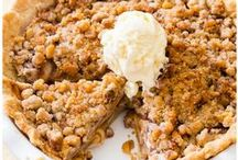 Apple Recipes / All the apple recipes! Sweet, savoury & all delicious! Pies, cakes, muffins, desserts & more