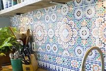 Ceramiche / I love hand painted tiles and plates