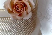 Chic Pearls Weddings / Ideas for your dreamed Wedding all with PEARLS!