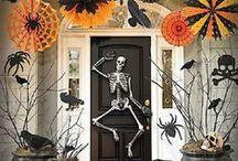 Halloween Skeleton Frolic Party / Halloween Skeleton party ideas