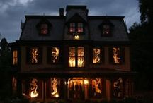Halloween Haunted House Theme Party / Haunted House Halloween theme ideas!