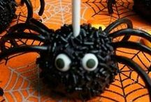 Spooky Spider Halloween Party / Along came a sinister spider and spooked a Halloween party! Spider-ific Halloween ideas.