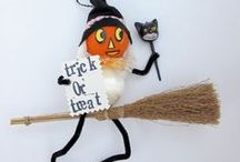 Halloween Scarecrow Party / Scare up some Scarecrows for your fall/Halloween decorating and parties!